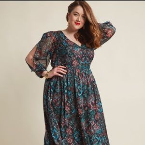 Mod Cloth hippie dress with cold sleeves.